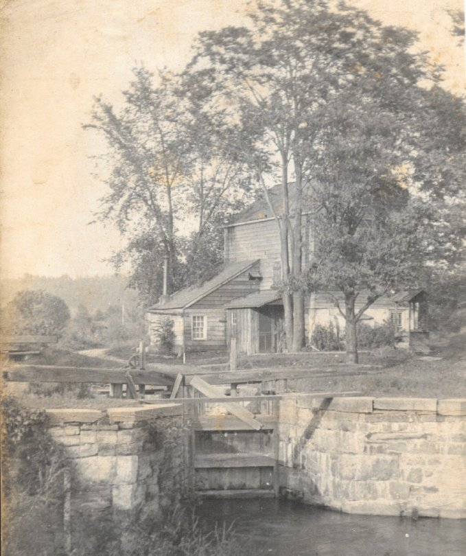 Photo of the lock tender's house